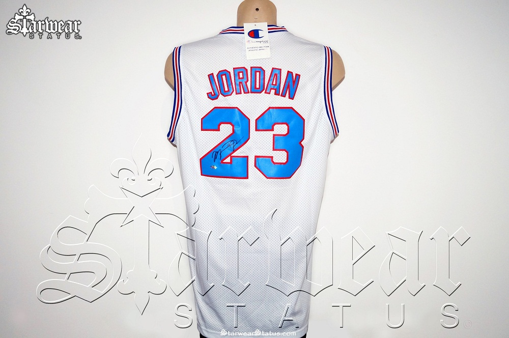 c83a259a56f Michael Jordan SIGNED 'Tune Squad' SPACE JAM Cartoon Basketball ...