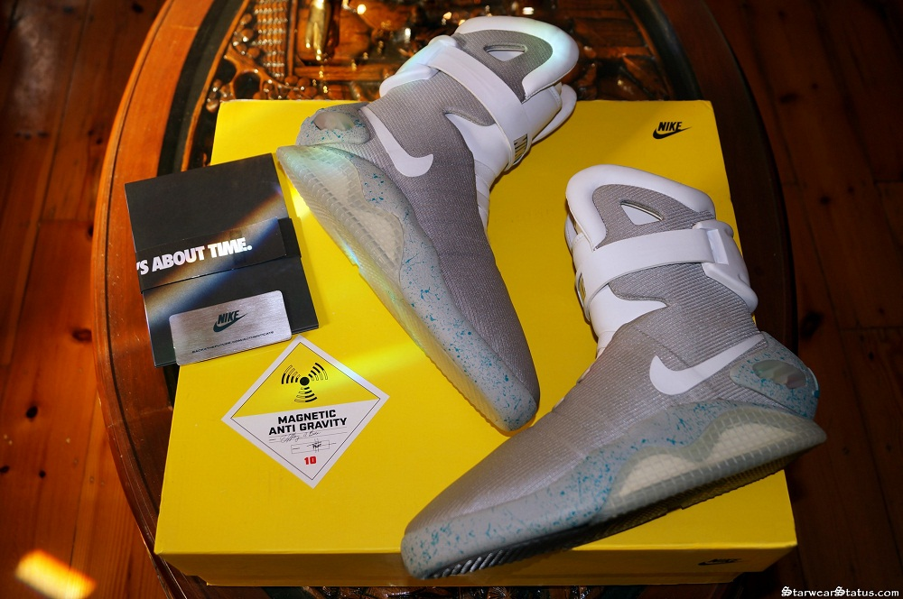 89338f835357 RARE Nike Air Mags Back To The Future II Light Up LED Sneakers - Men s  Size  US 9   10 Available! (Worn By Michael J Fox As Marty Mcfly!)