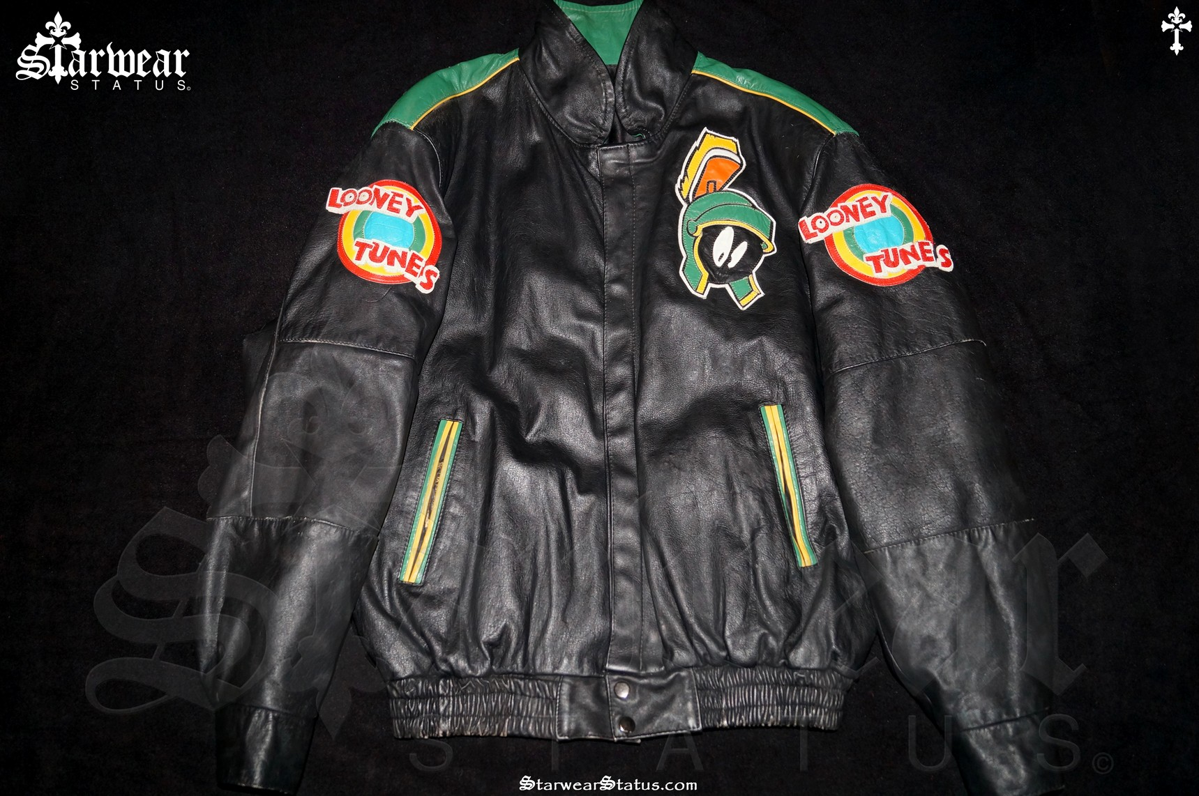 73e1ad430497c1 90 s  Marvin The Martian  LEATHER Looney Tunes Space Jam Style ...